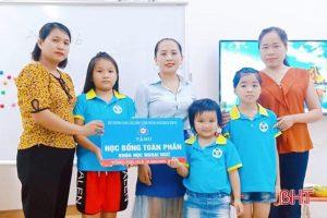 Học bổng toàn phần khóa học tiếng anh trong 2 năm dành cho học sinh nghèo tại huyện Cẩm Xuyên